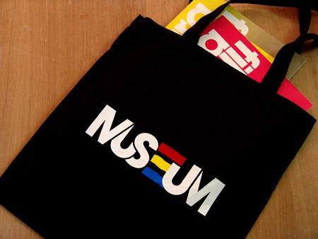 museumtote_photo.jpg